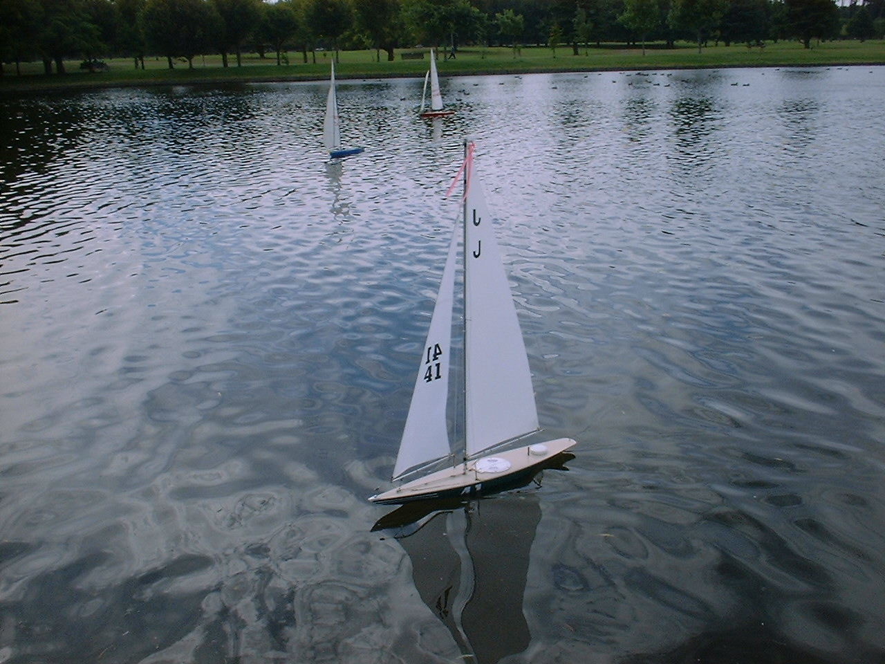 J Yacht